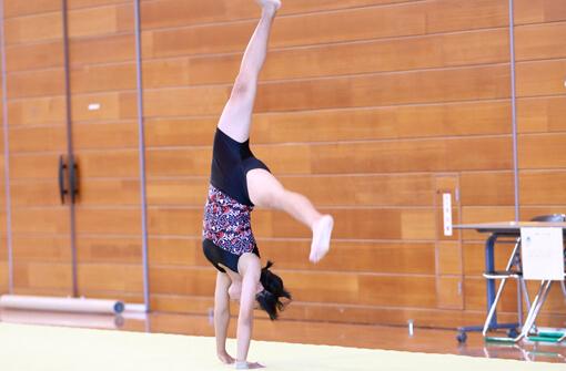 体操教室F アクロバット